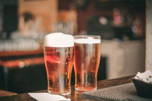 Bier und red cups