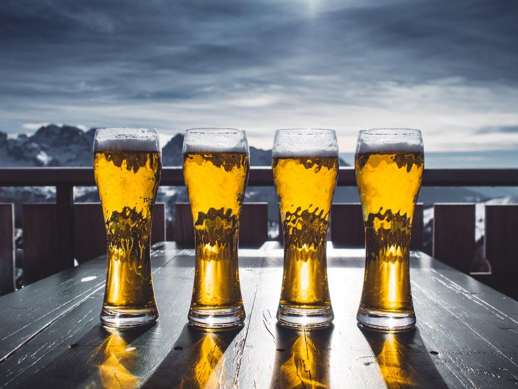 Im nachmittag bier geniessen